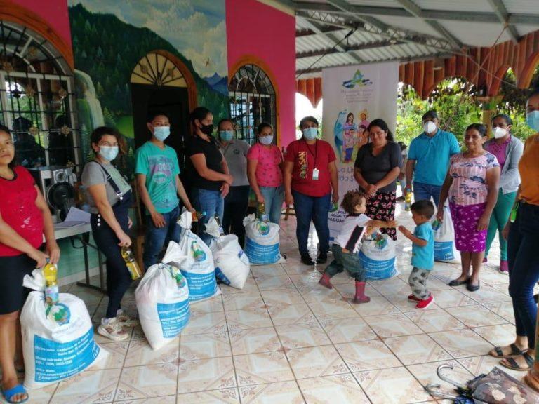 Lee más sobre el artículo Escuelas solidarias para Alfabetizar, con enfoque de Seguridad Alimentaria y Nutricional, a poblaciones vulnerables de 3 comunidades rurales en el Trifinio Centroamericano, en tiempos de COVID-19